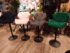 כסא בר מסתובב מתכווננן גבוה