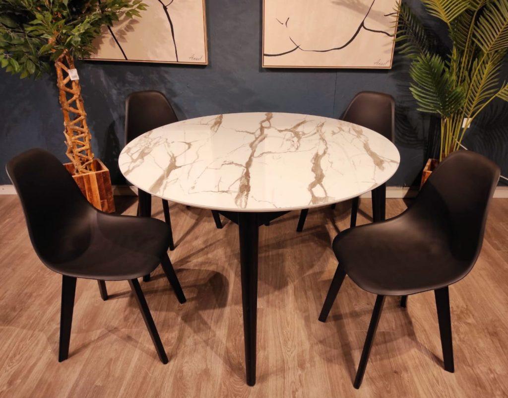 כסאות פלסטיק דגם עומר